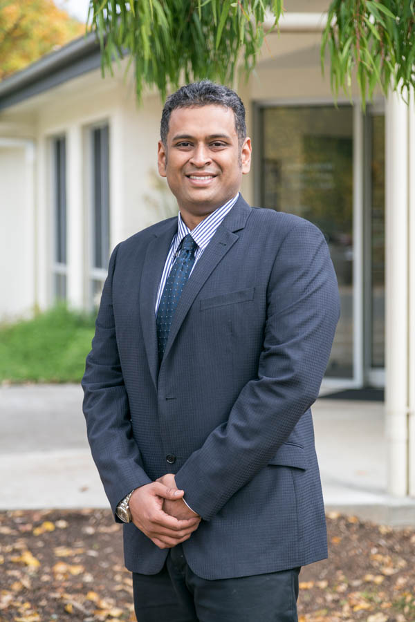 Dr. Dhananjay Mungi