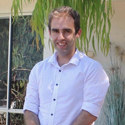 Dr. Thomas Dewar